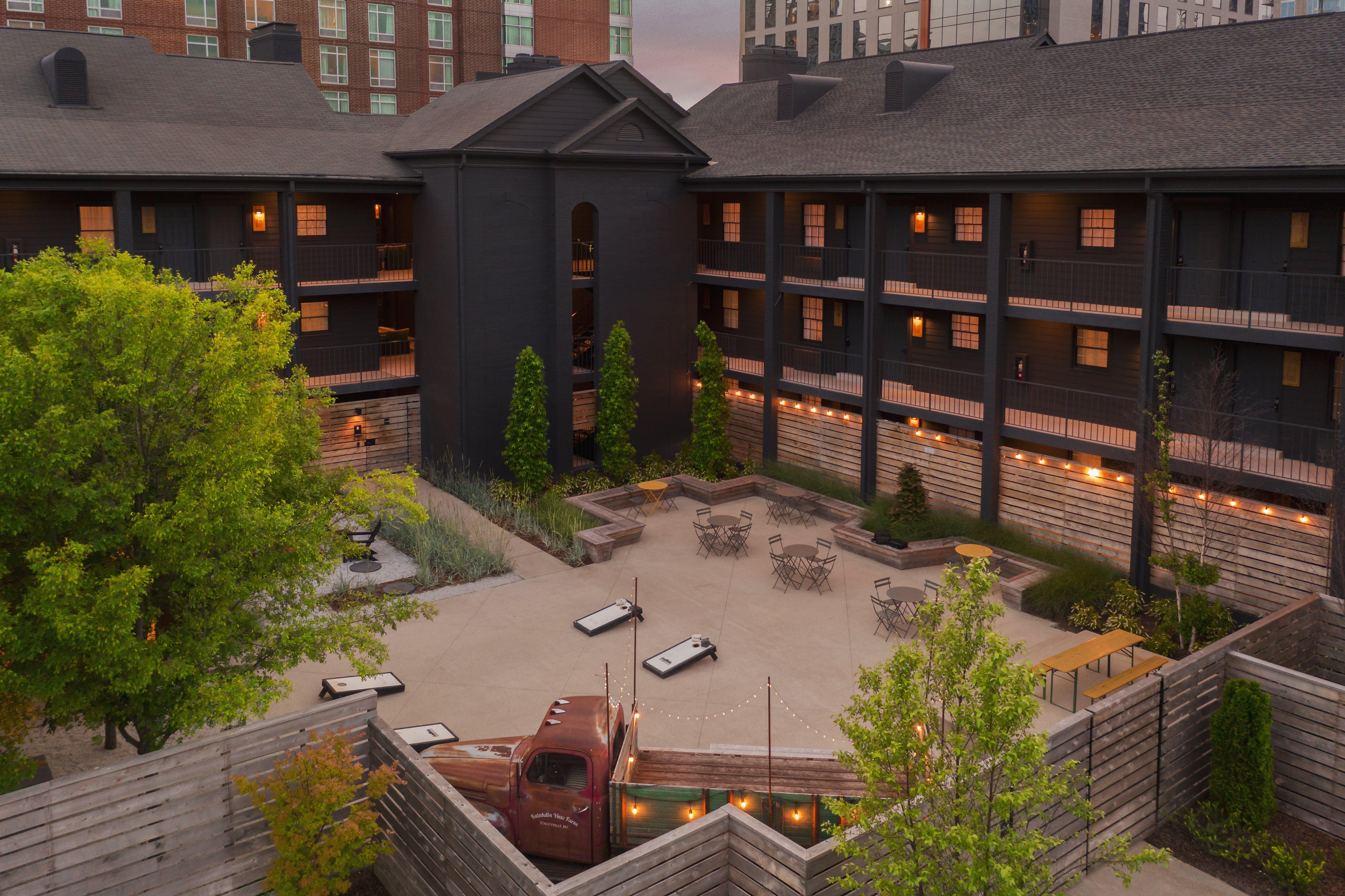 Nashville Building Image